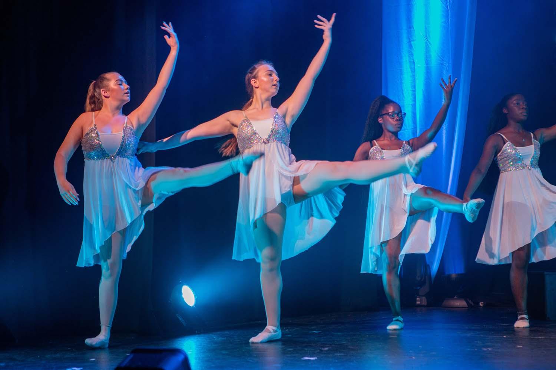 !Foundation in Ballet